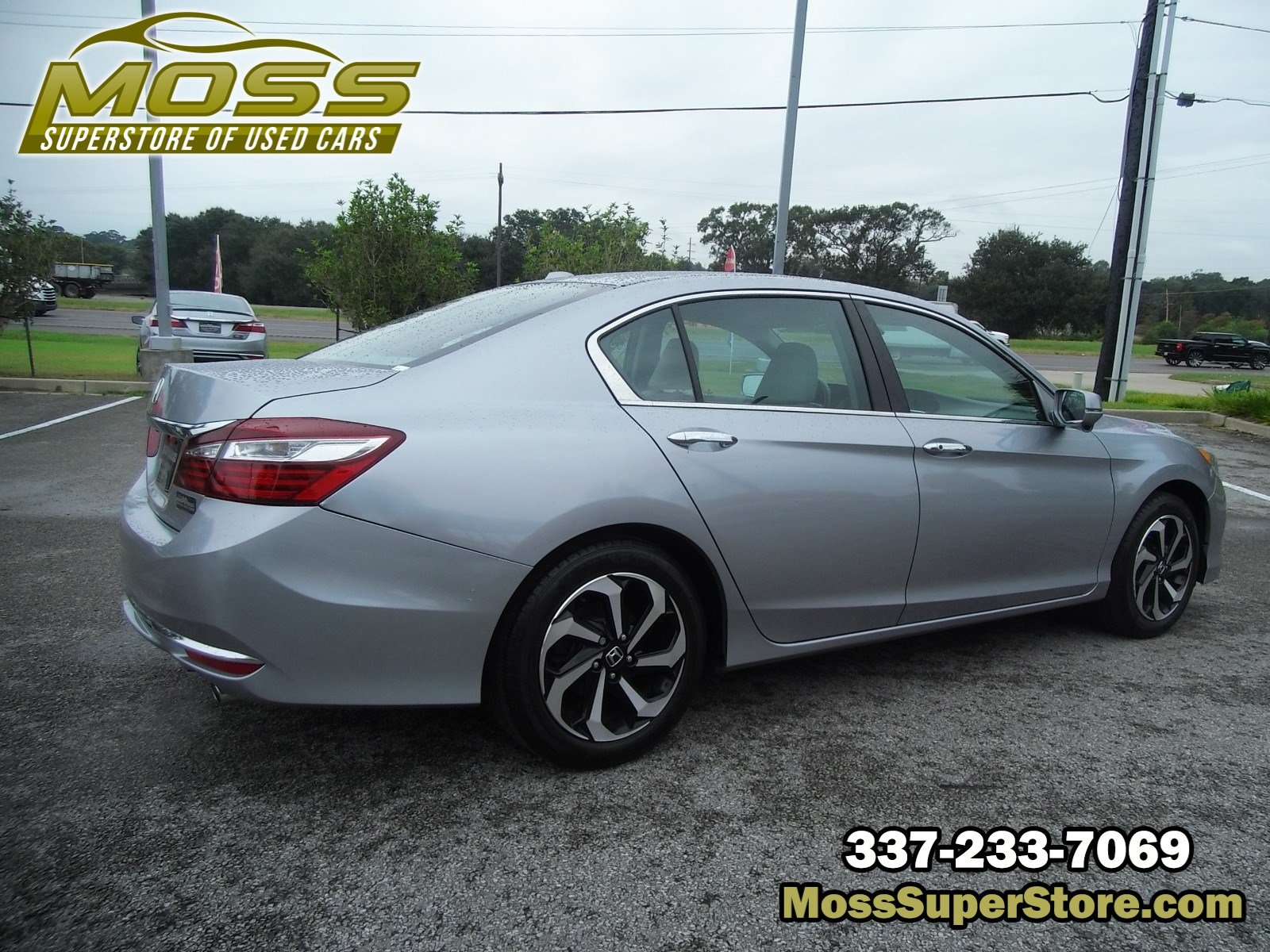 Pre-Owned 2017 Honda Accord Sedan EX-L