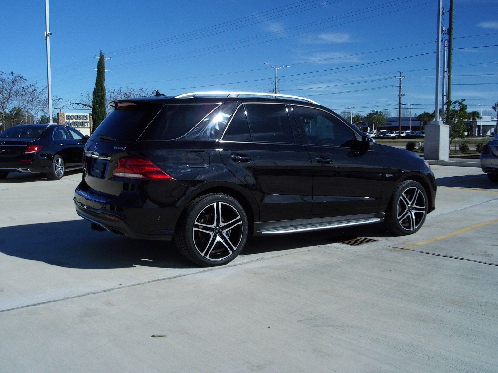 Pre-Owned 2018 Mercedes-Benz GLE AMG® GLE 43
